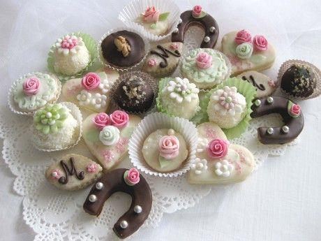 svatební_cukroví_mix_zeleno-růžový