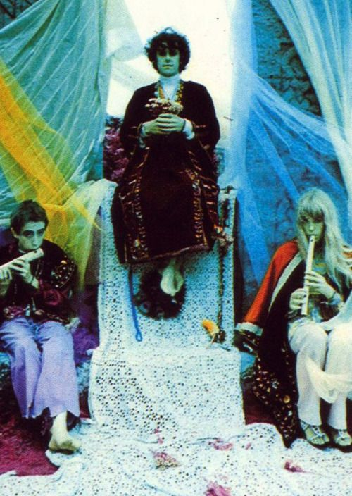 Photograph by Karl Ferris Donovan and Jenny Boyd 1967 ...