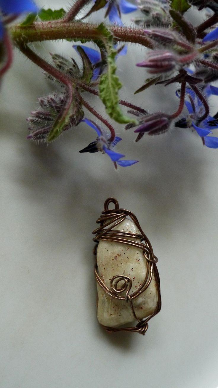 """Pendentif,""""Thor"""", porcelaine froide, fil métallique : Accessoires pour bijoux par princesse-aglae"""