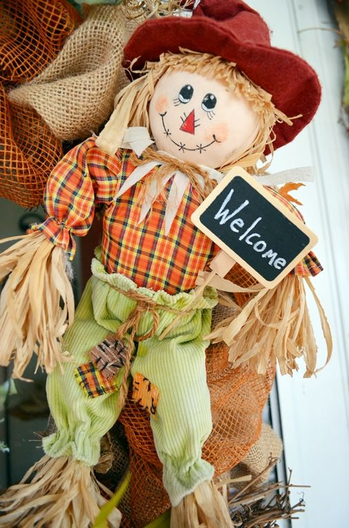scarecrow on wreath