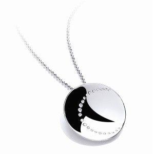 Rhodium finished silver pendant with Swarowski Zirconia