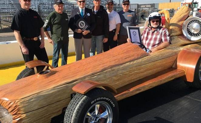 Najszybsza bela na świecie ;) Pojazd wykonany z pojedynczego kawałka drewna osiągną prędkość 76,625 km/h! #TimberSports #RekordPrędkości #RekordGuinnessa
