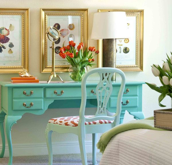 this was the inspiration for my dressing table purchase - still have to decide what color to paint mine