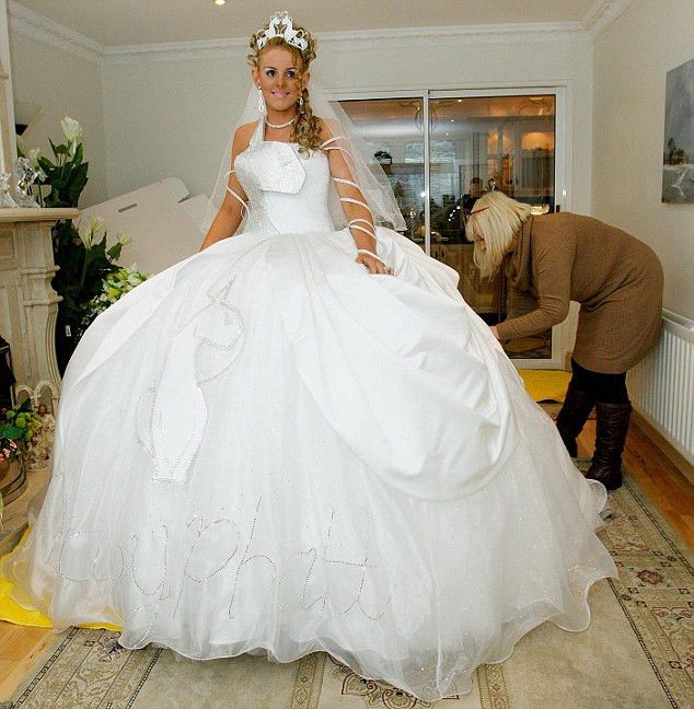 8 best gypsy bride chantelle images on pinterest big fat for Big gypsy wedding dresses for sale