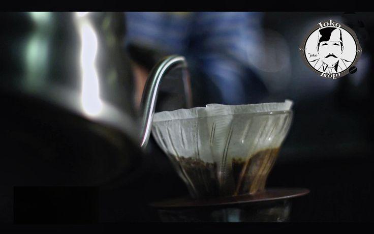 #v60 #manualbrew #coffeeshop #barista #jokokopi
