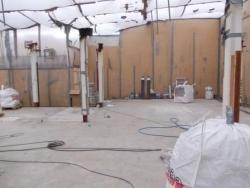Asbestinventarisatie Asbest is in de vorige eeuw in grote mate gebruikt als materiaal voor tal van producten. Vanwege het gevaar voor de volksgezondheid is dit sinds 1993 verboden. Bij renovatie van gebouwen en/of objecten en bij ontwikkeling of activiteiten in de bodem en/of puin is een asbestinventarisatie daarom noodzakelijk. Onze specialisten kunnen een nauwkeurige asbestinventarisatie uitvoeren.