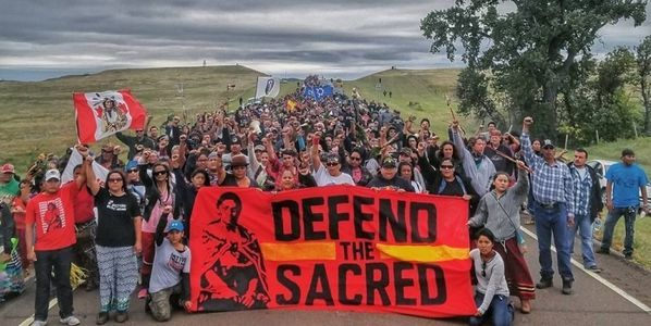 Support the Standing Rock Sioux water defenders. Sign Susan Sarandon's petition urging the big banks to stop the pipeline! (115526 signatures on petition)