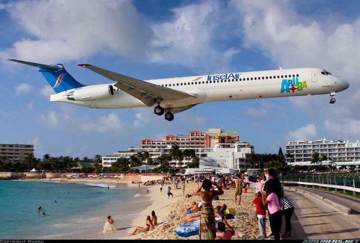 Insel Air Aruba McDonnell Douglas MD-82 (DC-9-82)  Philipsburg / St. Maarten - Princess Juliana (SXM / TNCM) St. Maarten, December 28, 2013