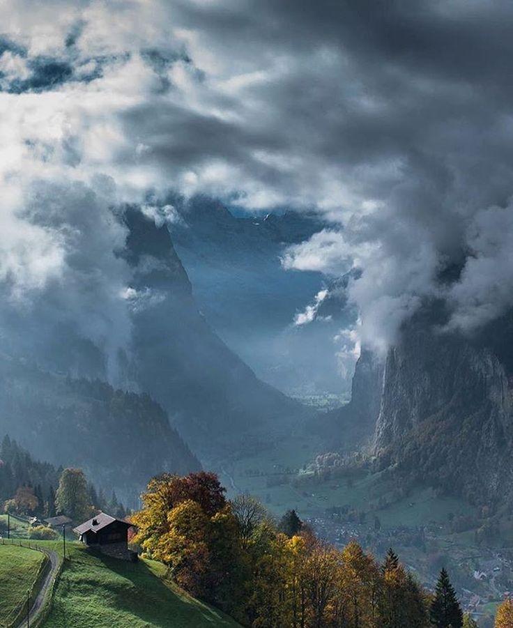 «Swiss Alps, Lauterbrunnen - Switzerland. Photo by: @scotts_shotz #earthfocus to be featured»