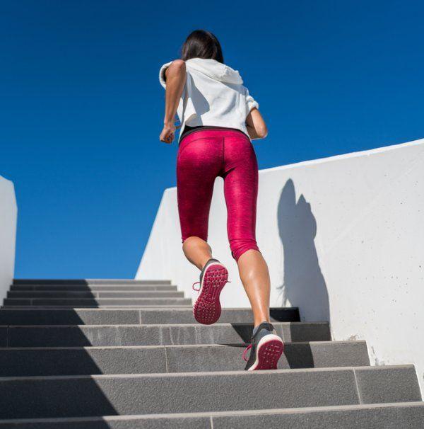 Βραζιλιάνικοι γλουτοί σε 1 μήνα με αυτές τις ασκήσεις