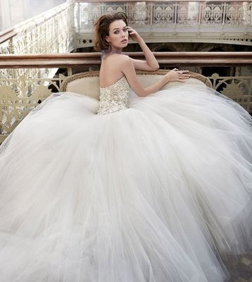 FAIRY TALE WEDDING DRESS ZsaZsa Bellagio