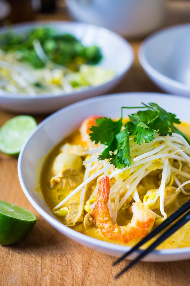 Laksa Soup w/ Coconut, Curry, Chicken and Shrimp over rice noodles ...