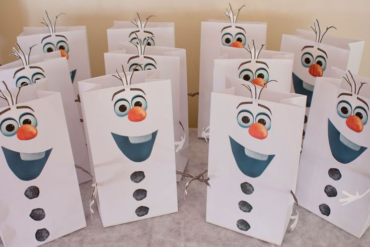 olaf printable | Use double-sided tape to attach the eyes/nose, mouth, and coal buttons ...