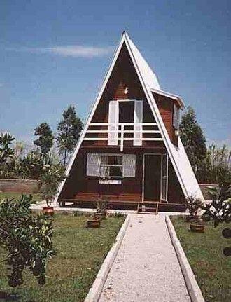 Sitio de Recreio com Chalé Suiço, proximo a Brasília casa construida