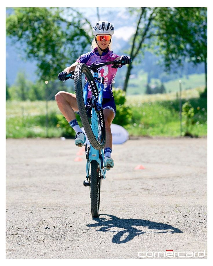 Jolanda Neff - Instagram @jolandaneff   Bicycle, Pro