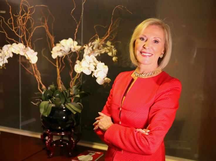 Named by Business Week as one of 'The World's Most Influential Headhunters', Janice Ellig is Co-CEO of Chadick Ellig, a boutique…
