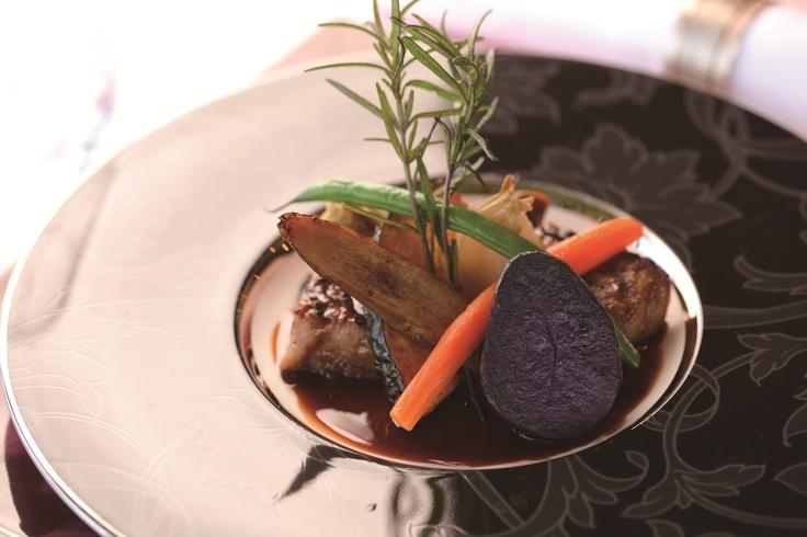 フランス料理のご夕食イメージ。