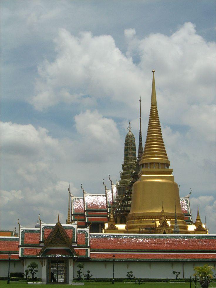 Wat Phra Kaew #Bangkok Thailand.