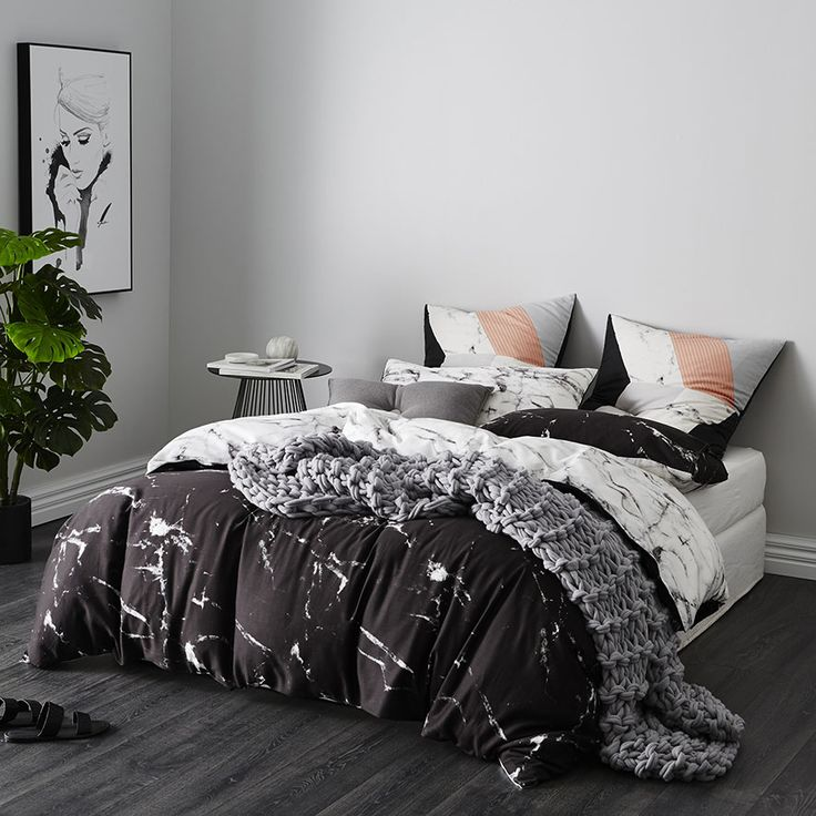 The reversible Hofn quilt cover set is perfect for creating a modern look in any bedroom and has been made from soft cotton for a luxurious feel. Pair with the coordinating silver European pillowcases to recreate this look in your home.