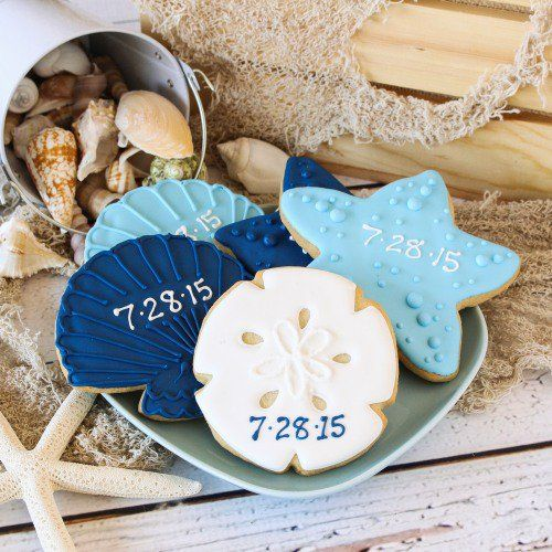These seashell cookies are perfect for a summer wedding dessert bar