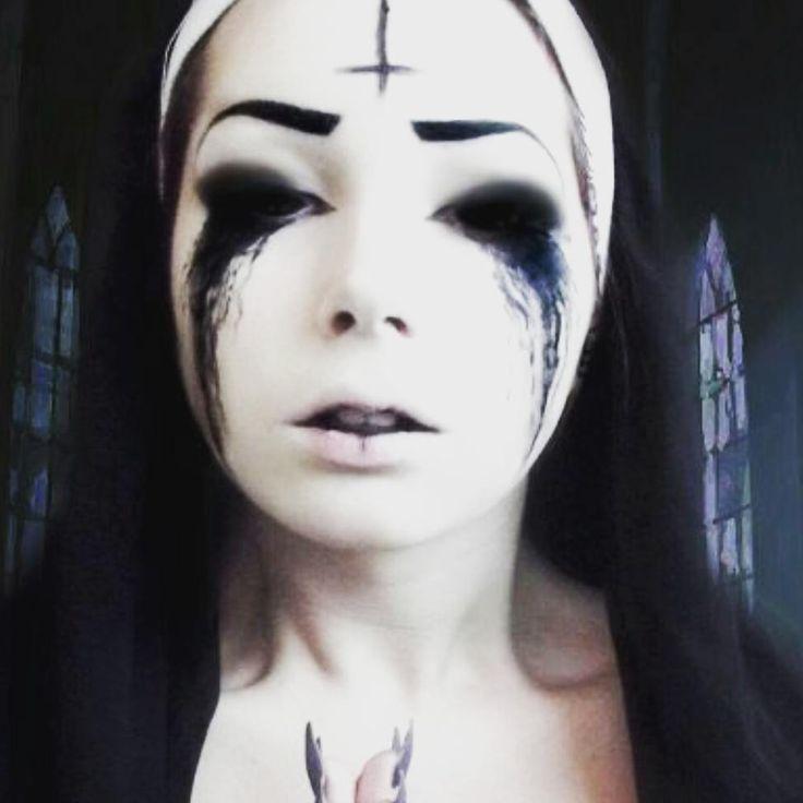 #Halloween Possessed Nun