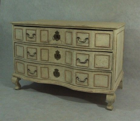 Swedish Baroque Chest of Drawers 1