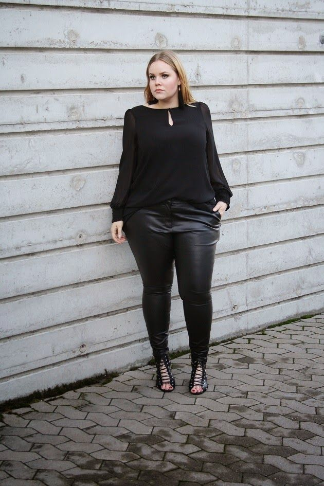 Amateur russian young girls in pantyhose