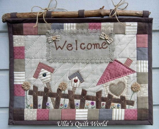Ulla's Quilt World: Quilted Welcome wall hanging.