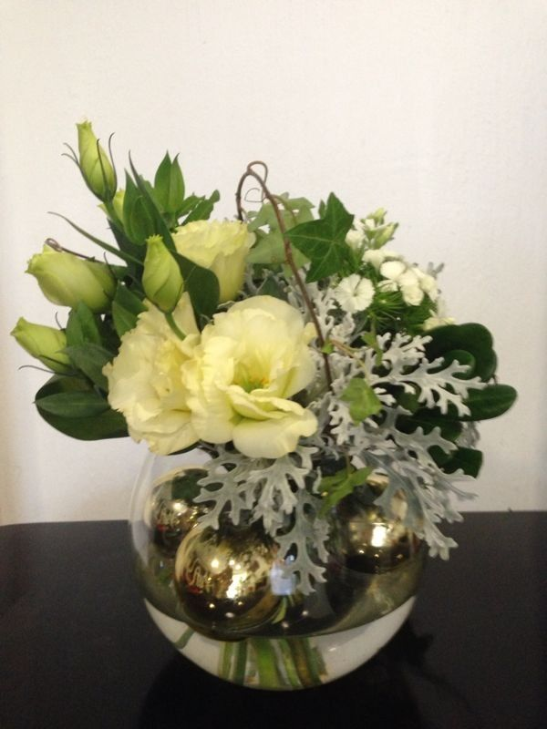 La Fleur Floreria - Envio el mismo dia: Arreglo Floral Navideño con envio a domicilio en Guadalajara