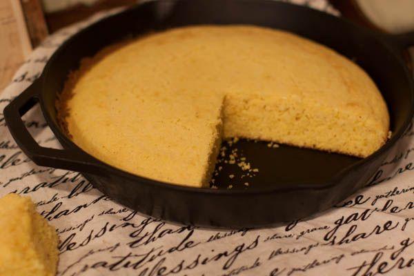 cast iron skillet cornbread: Southern Kitchens, Southern Skillets ...