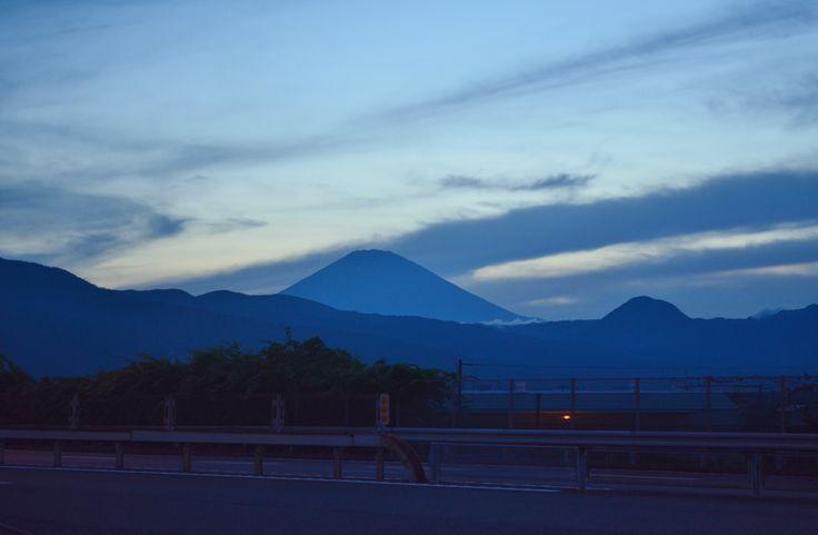 小田原PAからの富士山 2016.7