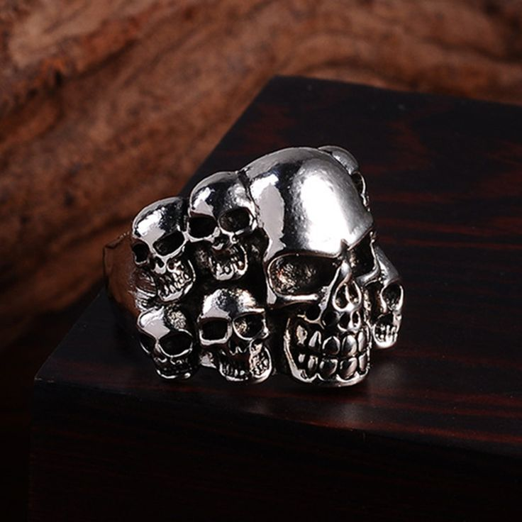 2016 Punk Vintage Trend Man's Ring Gothic Men's Skull Flower Biker Zinc alloy Ring Man fashion rings Free shipping sa978