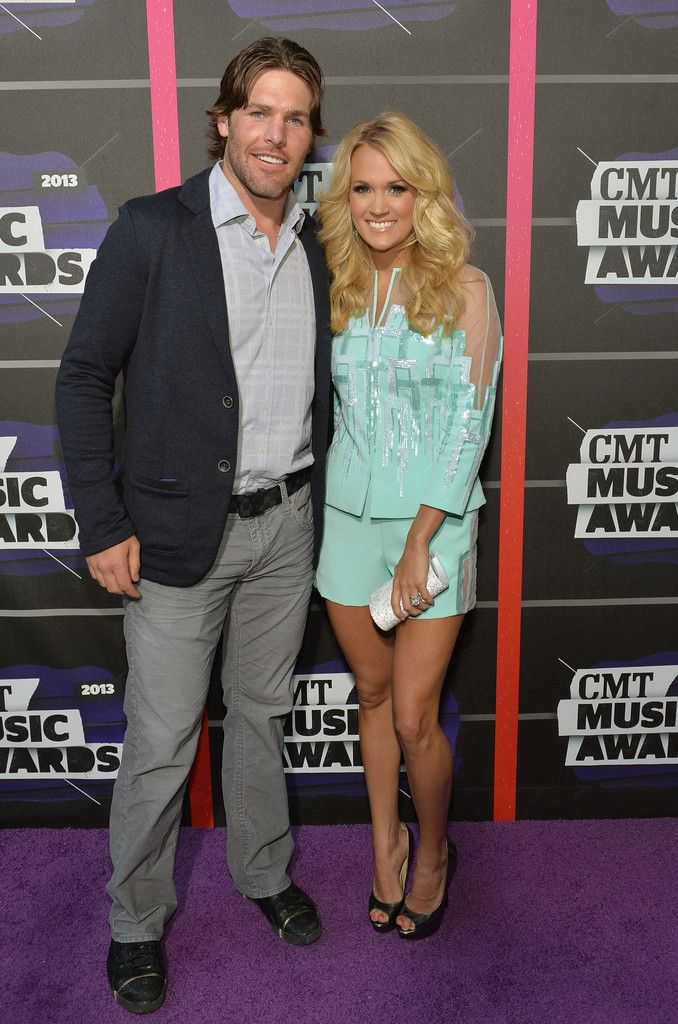 Carrie Underwood - Arrivals at the CMT Music Awards