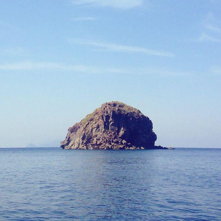 #scoglio #faraglione #salina #isoleeolie