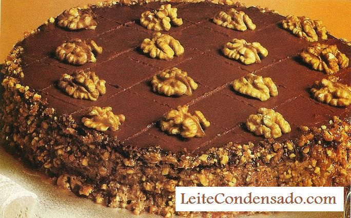 Torta de Nozes e Chocolate | Leite Condensado: Chocolates Cakes, Bolo De, Nuts, De Chocolates, Chocolate Cakes