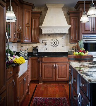 Kitchen Photos Silestone + Brown Design, Pictures, Remodel, Decor and Ideas - page 18
