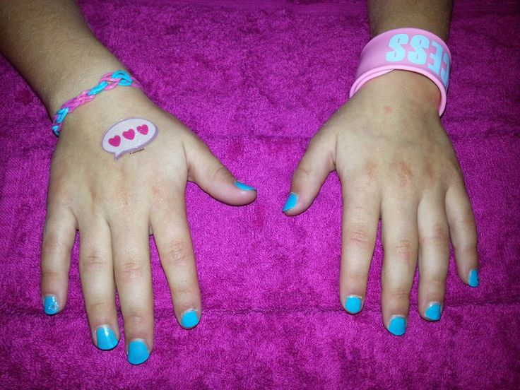 It's A Girl's World Glamour Girl parties - Beautiful nails & matching tattoo!