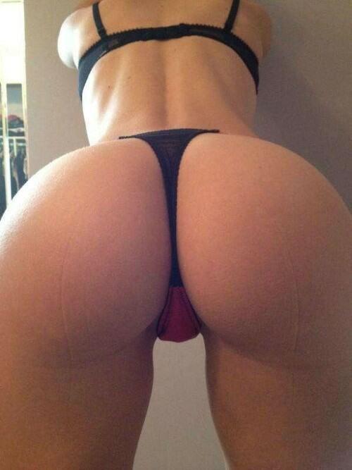 Beauty Exploring Thighs Hot Sex 46