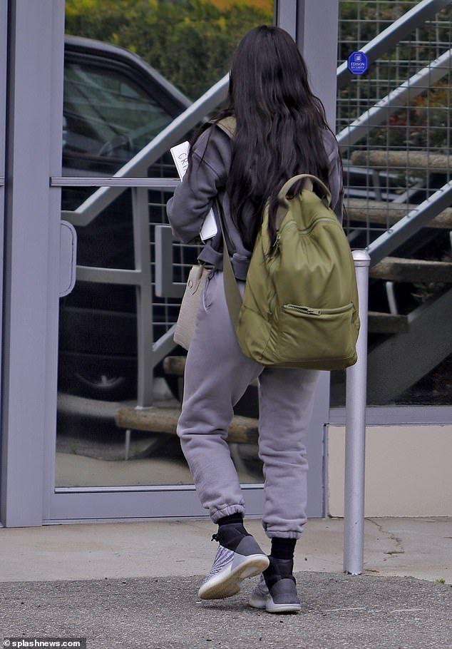Kim Kardashian Arrives For Law School Exam In La Vintazh