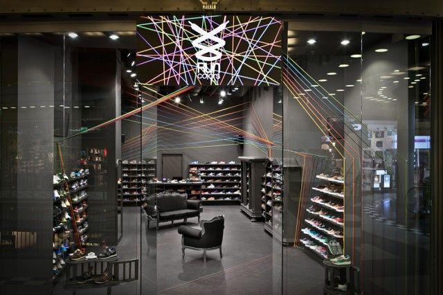 http://www.fubiz.net/2013/11/20/run-colors-sneaker-store/