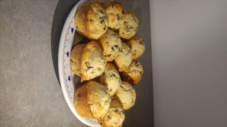 Muffins banane et pépites de chocolat.