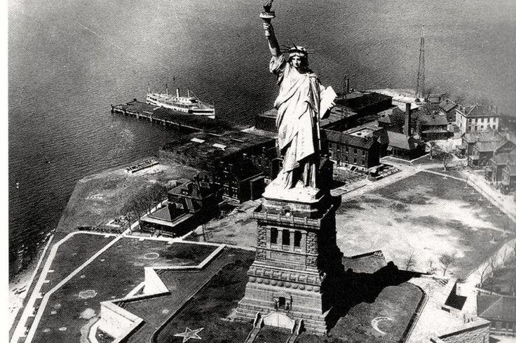 длинные волосы статуя свободы первые фото разделе