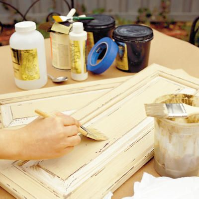 How to distress your cabinets (or any furniture for that matter).: Cabinets Makeovers, Distressed Cabinets, Paintings Cabinets, Cabinets 101, Dark Stained Cabinets, Kitchens Cabinets, Kitchens Makeovers, Distressed Kitchens, Cabinets Doors
