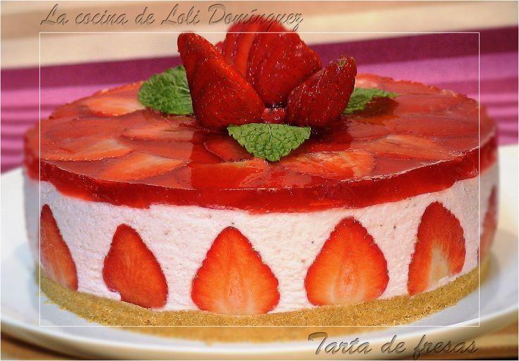 ¡¡¡ Tarta de fresas!!! Mi primera receta que alcanza el 1.000.000 de visitas en You Tube. Una tarta realmente deliciosa, cuando la pruebas ya no puedes parar, por que esta ¡¡Riquísima!! Receta en el Blog: http://lacocinadelolidominguez.blogspot.com.es/2014/04/tarta-de-fresas.html  -------------------- Videoreceta:  https://www.youtube.com/watch?v=1NlS7MoAxnw