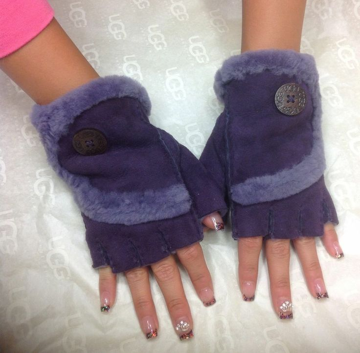 purple ugg gloves