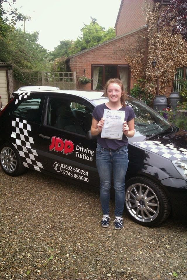 ChristyJane: Sharing my driving test experience with you...