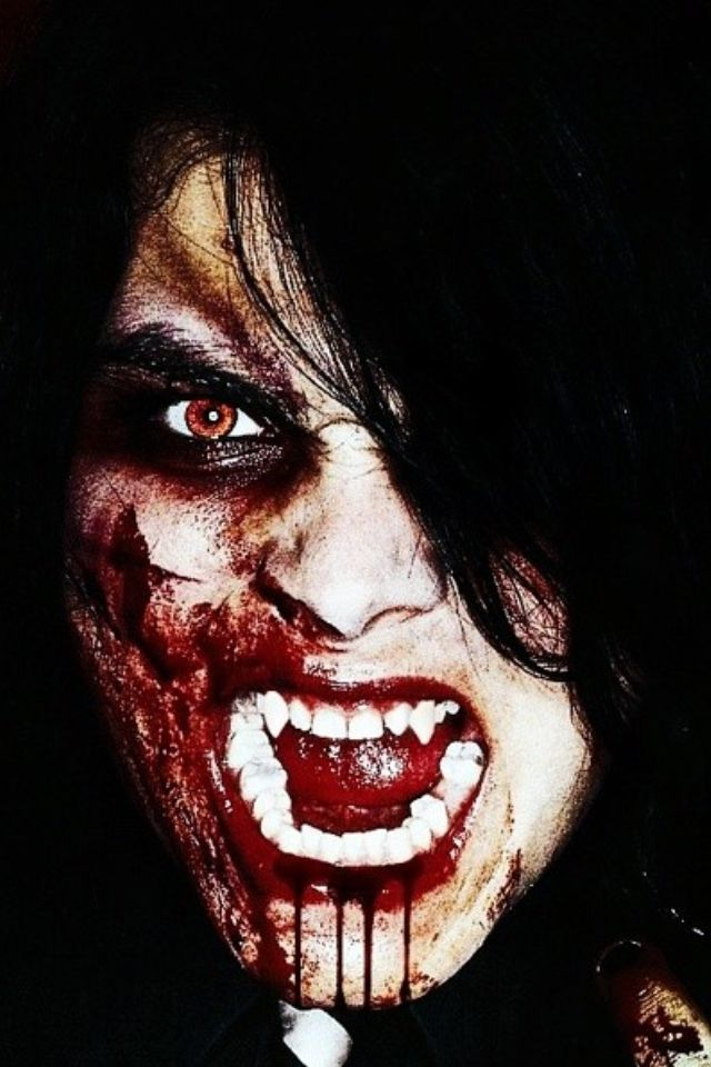 Vampire Gerard way MCR>>> I think he is the type of dad that goes all out on Halloween.