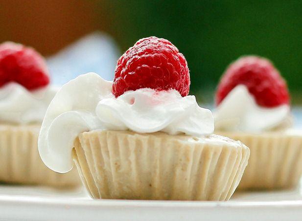 Raw recipe: Banana Split cheesecake bites