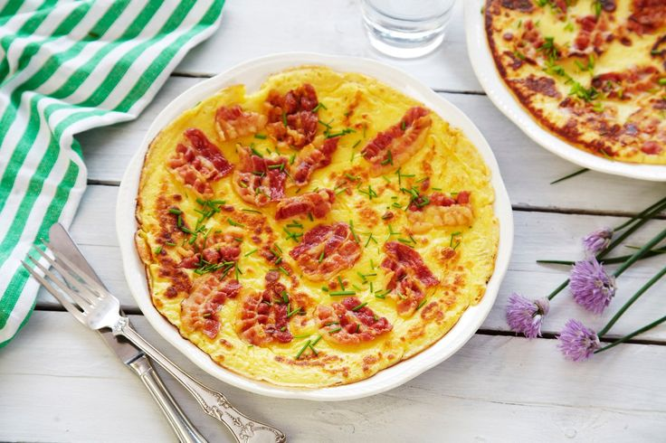 Pannekaker er en favoritt til middag for både voksne og barn, og fleskepannekaker, altså pannekaker med bacon, er intet unntak!