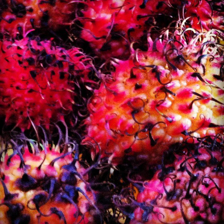 uma fruta estranha
